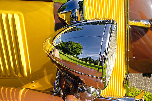 Sunday Driver by Tom Heeter