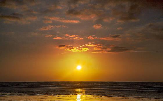 Sunday Morning Sun by Simon West