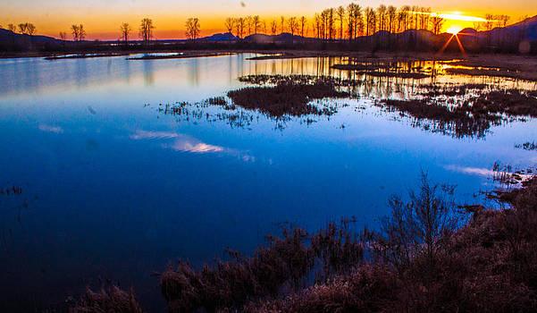 Sundown 4 by Ed Nicholles