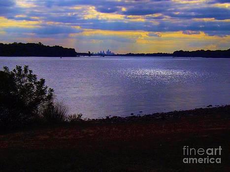 Robyn King - Sundown On a Cloudy Day