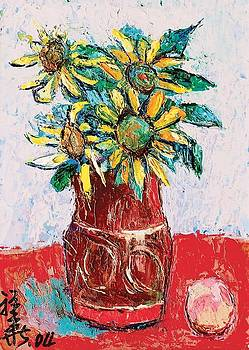 Sunflowers in rust vase by Siang Hua Wang
