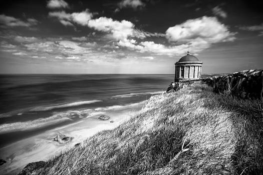 Sunny afternoon over the Mussenden temple BW by M I