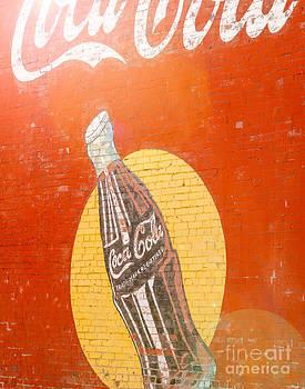 Sonja Quintero - Sunny Coca Cola