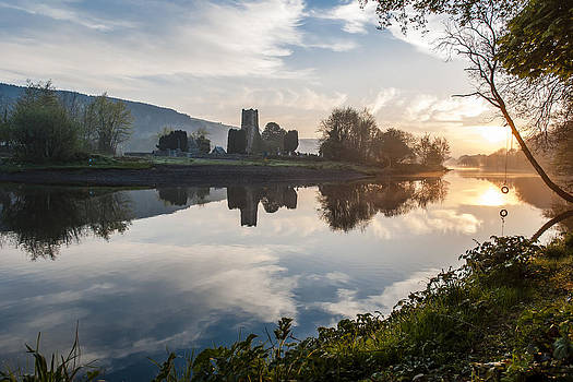 Sunny morning over river lee by M I