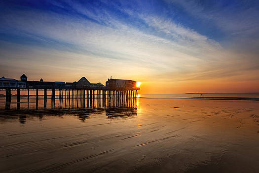 Jo Ann Snover - Sunrise at Old Orchard Beach