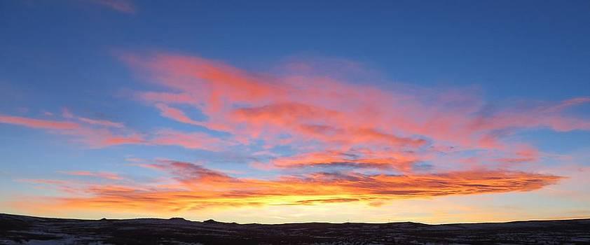 Sunrise in Wyoming by Robert Lowe