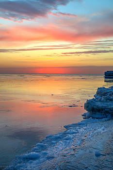 Sunrise Lake Michigan North of Chicago 1-4-14 003 by Michael  Bennett