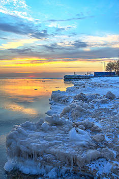 Sunrise Lake Michigan North of Chicago 1-4-14 005 by Michael  Bennett