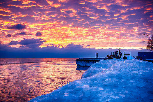 Sunrise Lake Michigan North of Chicago 12-15-13 005 by Michael  Bennett