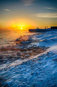 Sunrise North of Chicago Lake Michigan 1-3-14 003 by Michael  Bennett