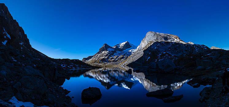 Charles Lupica - Sunrise on Lake Sanetsch