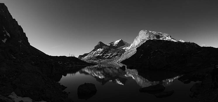 Charles Lupica - Sunrise on Lake Sanetsch in monochrome