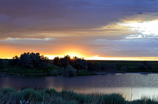 Sunrise Over Kinney Lake by Clarice  Lakota