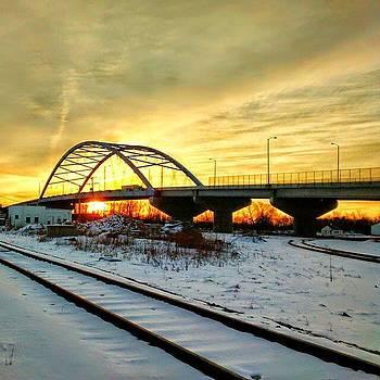 sunrise over Missouri river by Dustin Soph