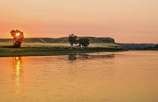 Sunrise Over The Missouri Breaks by Larry Bodinson