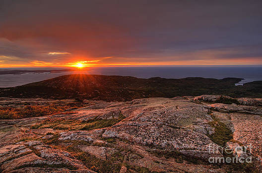Oscar Gutierrez - Sunrise view from Cadillac Mountain