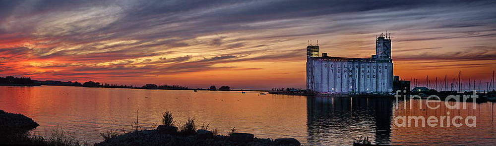Andrea Kollo - Sunset at Collingwood Ontario Harbor