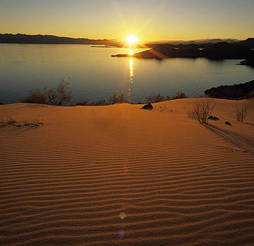 Susan Rovira - Sunset at Lake Mead