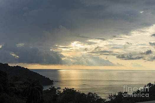 sunset at Quepos by Russell Christie