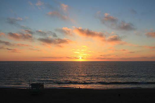 Sunset at Redondo Beach by Daniel Schubarth