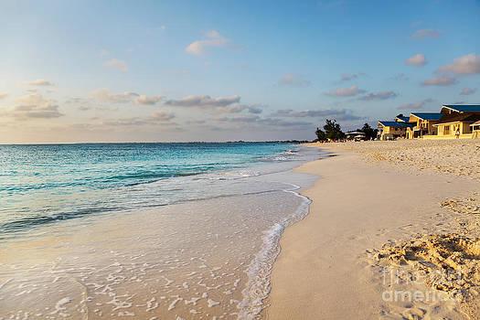 Jo Ann Snover - Sunset at Seven Mile Beach