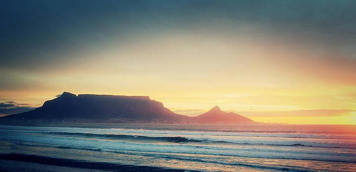 Sunset at Table Mountain by Ben Osborne