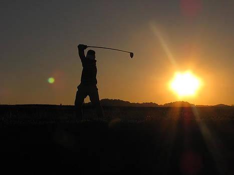 Shane Brumfield - Sunset Golfer
