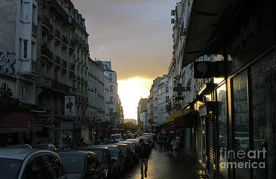 Sunset in Paris  3 by Tanya  Searcy