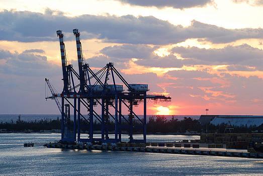 Ramunas Bruzas - Sunset in Port