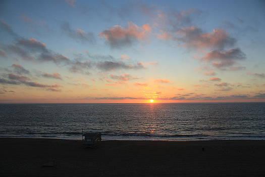 Sunset in Redondo Beach CA by Daniel Schubarth