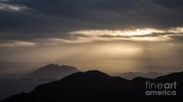 Sunset in the mountain by Eugenio Moya