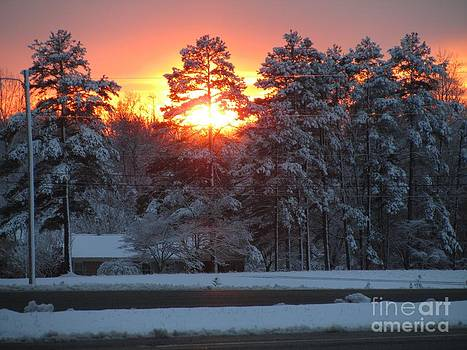 Jaclyn Hughes Fine Art - Sunset into the Snow