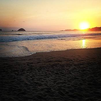 Sunset Ixtapa by Victor Varela