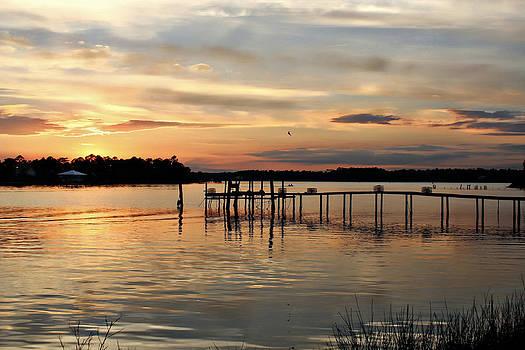 Sunset on Oyster Bay by Lynn Jordan