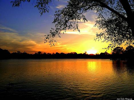Sunset on Silver Lake by Linda Tucker