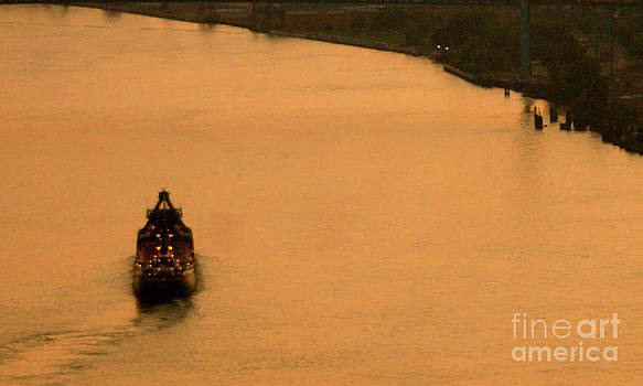 Linda Shafer - Sunset On The River Bend