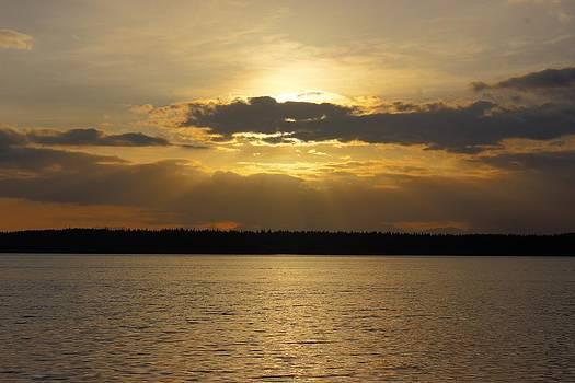 Sunset on the sound by Richard Jones