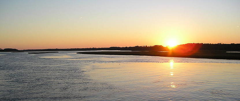 Sunset on the Water by Johanna Elik