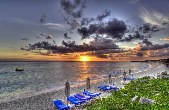 Matt Swinden - Sunset over Baie Longue