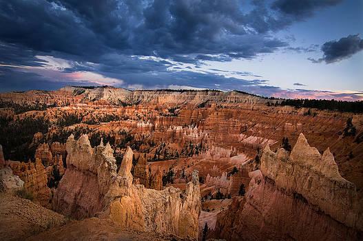 Sunset over Bryce by Nick  Cardona