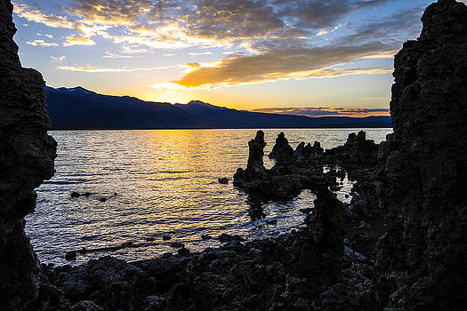 Sunset over Mono Lake by Jill Bell