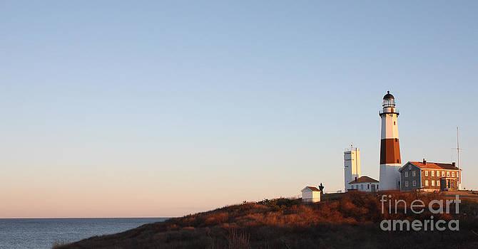 JOHN TELFER - Sunset over Montauk Lighthouse