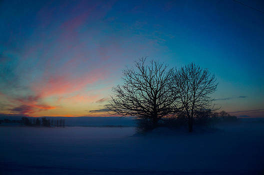 Sunset over Sattuna by Jonas Lind