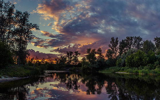 Sunset reflections by Dmytro Korol