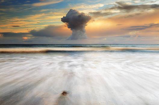 Sunset Talisker bay by Grant Glendinning