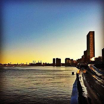 #sunset #unitednations #un #manhattan by Matthew Tarro