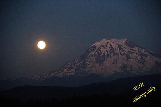 Super Moon and Mt. Rainier  by Ronald Hanson
