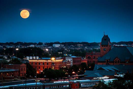 Super Moon over Pueblo, Colorado by Shanna Lewis