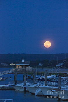 Amazing Jules - Super Moon Over the Boathouse