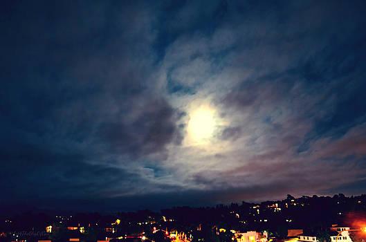 Sharon Tate Soberon - Super Moon Rise Over Rancho Bernardo